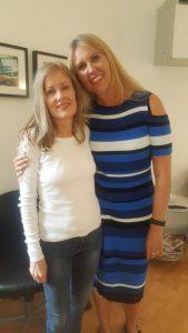 Pernille Antony og Gitte Koldtoft taler om hvordan Et Kursus i Mirakler har ændret deres liv.